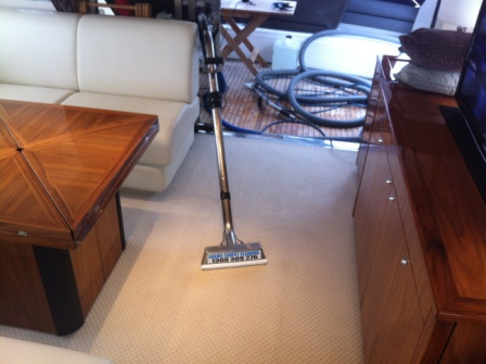Boat-Carpet-Cleaning-in-Huntingston